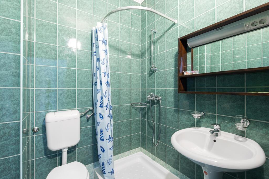 Soba 1 - Iznajmljivanje soba Punat, otok Krk, Hrvatska